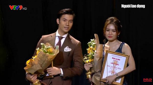 Văn Phượng rơi nước mắt, Nhan Phúc Vinh hạnh phúc nhận giải Nam – Nữ diễn viên xuất sắc tại Mai Vàng lần thứ 26 4