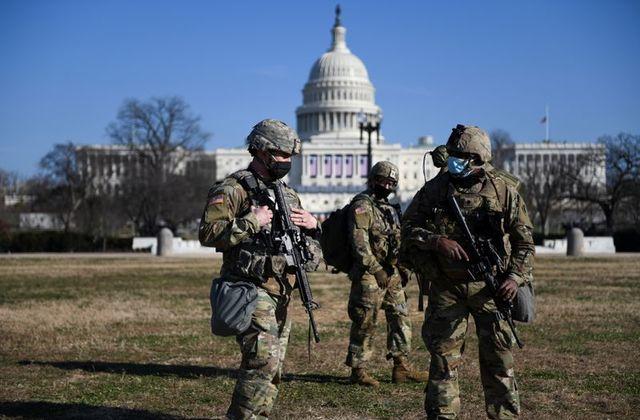 Lực lượng an ninh được tăng cường trước lễ nhậm chức của ông Biden. Ảnh: Reuters