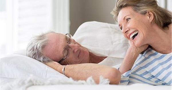 Qúy ông ráng sức làm 'chuyện ấy', gây nhồi máu cơ tim tái phát?