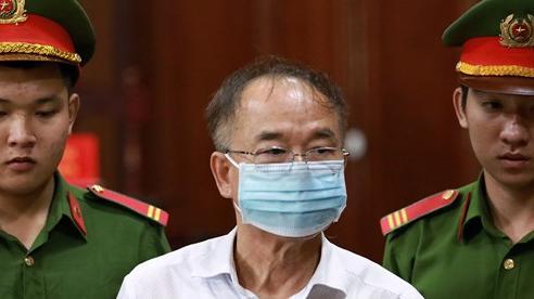 Cựu Phó Chủ tịch TP.HCM Nguyễn Thành Tài rơi nước mắt nói lời sau cùng