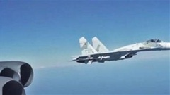 NI: Mỹ giăng bẫy Nga bằng B-52