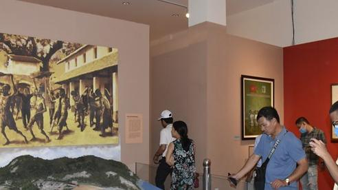 Lượng khách đến Côn Đảo giảm 26%