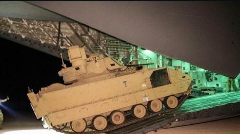 Tình hình chiến sự Syria: Mỹ điều 6 xe chiến đấu đến vùng Đông Bắc sau căng thẳng với Nga