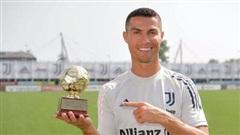 Ronaldo được trao danh hiệu Cầu thủ ghi bàn xuất sắc nhất thế giới