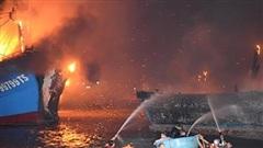 Khánh Hòa: Hỏa hoạn tại cảng cá Đá Bạc