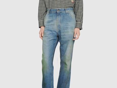 Gucci ra mắt mẫu quần bò bị 'ố vàng' với trị giá 800 USD