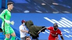Klopp tức giận cầu thủ Liverpool ăn mừng Chelsea bị thẻ đỏ