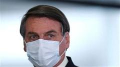 Tổng thống Brazil Bolsonaro phải nhập viện phẫu thuật