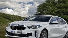 BMW sắp ra mắt xe nhỏ cạnh tranh Honda Civic, đánh thẳng vào phân khúc phổ thông