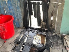 Tiền Giang: Điều tra vụ đốt nhà và bỏ thuốc trừ sâu vào lu nước