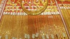 Giá vàng hôm nay 22-9: Giảm giá mạnh, SJC đắt hơn giá thế giới 2,5 triệu đồng/lượng