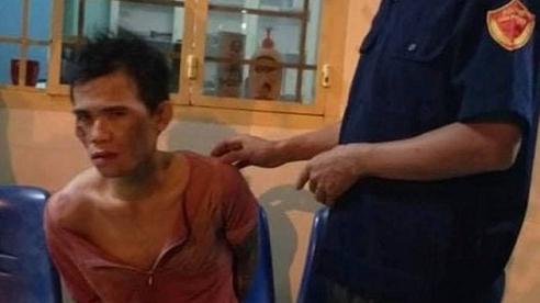 Người đàn ông chở theo vợ và con nhỏ 5 tháng tuổi đi cướp giật tài sản