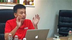'Cựu còi Vàng' Võ Minh Trí đứng lớp dạy luật thi đấu cho SV-League 2020
