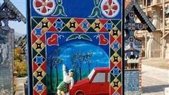 Kỳ lạ nghĩa trang vui vẻ ở Rumani