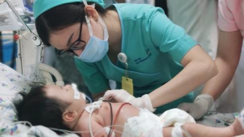 Mẹ ăn nhiều củ dền, bé trai 2 tháng tuổi nguy kịch do ngộ độc nitrite