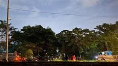 Vụ thi thể treo trên cây trong khu Đại học quốc gia TP HCM: Nạn nhân mặc quần lửng, tay có hình xăm