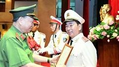 Thứ trưởng Bộ Công an Trần Quốc Tỏ được thăng hàm trung tướng