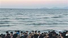 Vụ thi thể người nước ngoài trôi trên biển Quảng Nam: Nạn nhân khoảng 40 tuổi, mặc quần đùi màu đen