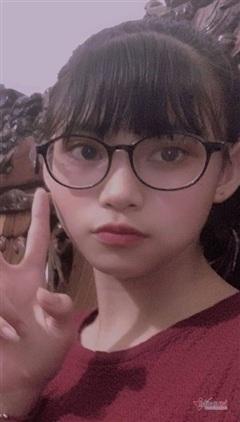 Người mẹ trình báo con gái 13 tuổi 'mất tích' bí ẩn trong đêm