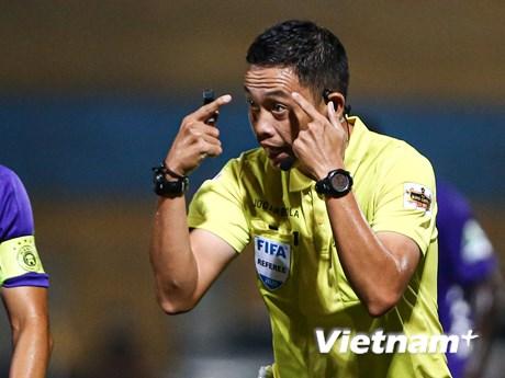 Trọng tài Việt hay... sai, giai đoạn 2 V-League 2020 còn lo ngại?