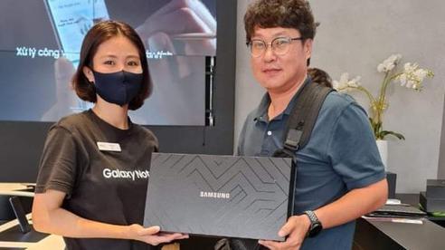 Giá siêu sang, Galaxy Z Fold2 vẫn bán siêu chạy ở Việt Nam trong 15 ngày: Hết veo 1000 máy