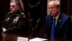 Lầu Năm Góc đe dọa Trump?