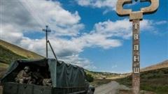 Armenia - Azerbaijan lại đụng độ vũ trang