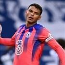 Thiago Silva có màn ra mắt thảm họa ở Premier League