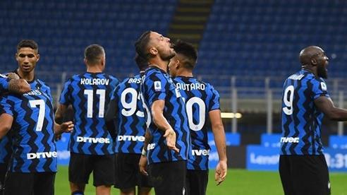 Lukaku đại lập công, Inter thắng trận điên rồ