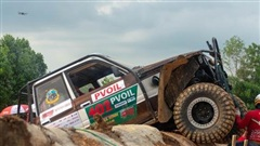 Những hình ảnh ấn tượng trong ngày đầu tiên của giải đua ô tô địa hình VOC PVOIL 2020