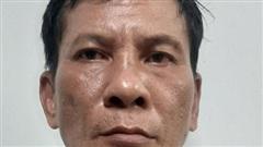 Phát hiện tên cướp chuốc thuốc mê hành khách, tài xế chở thằng vào trụ sở công an