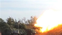 Xem đặc công và tăng thiết giáp Nga hiệp đồng tác chiến