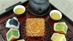 Bánh Trung thu cổ truyền: Hoài niệm hương vị xưa 'vang bóng một thời'
