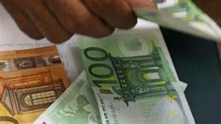 Euro tăng giá cản trở kinh tế châu Âu phục hồi
