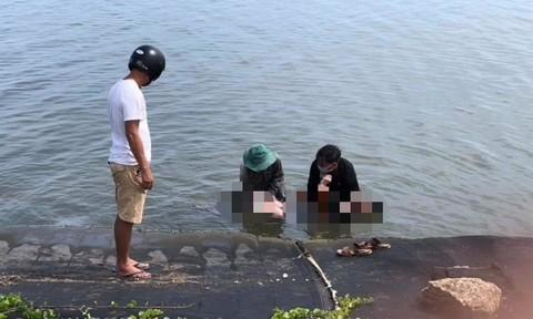 Thi thể nam sinh lớp 10 nổi trên sông Trường Giang