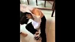 Tạm đình chỉ 4 nữ sinh đánh nhau, xé áo bạn trong lớp học