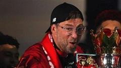 Klopp phán MU đua vô địch Ngoại hạng Anh, Barca chốt giá Garcia