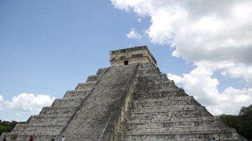 Xây đường tàu, lộ diện 2.200 'bóng ma' Maya ngàn năm