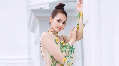Hoa khôi Khánh My quyến rũ với áo dài đón Thu