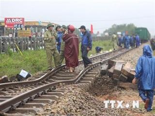 Quảng Trị: Khắc phục sự cố trên tuyến đường sắt và Quốc lộ 9