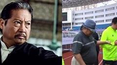 Tài tử Hồng Kim Bảo chống gậy di chuyển khó khăn cổ vũ con trai