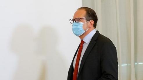 Ngoại trưởng Áo nhiễm COVID-19