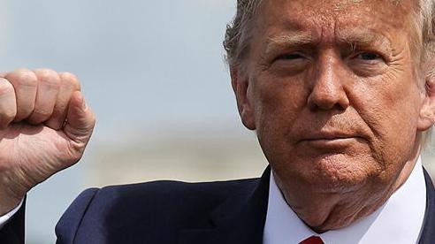 Ông Trump lại 'khoe khoang' về tên lửa siêu thanh của Mỹ