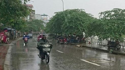 Dự báo thời tiết ngày 18/10: Hà Nội có mưa nhỏ, trời lạnh