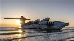 Chiêm ngưỡng 'quái vật thời chiến' nặng 400 tấn trên bờ biển Nga