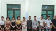 Ba nữ hư hỏng với 17 nam trong tiệc sinh nhật