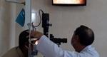 Điều trị thành công cho bệnh nhân bị keo dán sắt bắn vào mắt