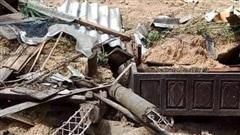 Sạt lở đất vùi lấp một gia đình ở Quảng Trị: 2 người tử vong, 4 người vẫn còn đang mất tích
