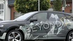 Bentley Bentayga phiên bản 'kéo dài' lần đầu lộ diện: Đáng để đại gia Việt chờ đợi
