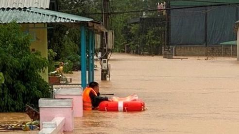 Bộ Y tế ra khuyến cáo những việccần làm đảm bảo sức khoẻ người dân nơi lụt bão